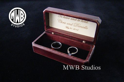 Custom Made Antique Style Double Ring Box.  Free Shipping And Engraving.