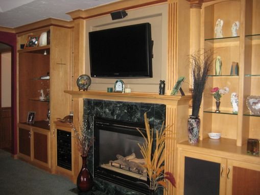 Custom Made Kitchen Cabinets,Desks,Entertament Centers