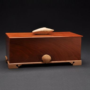 Custom Made Keepsake Box (Cherry/Maple)