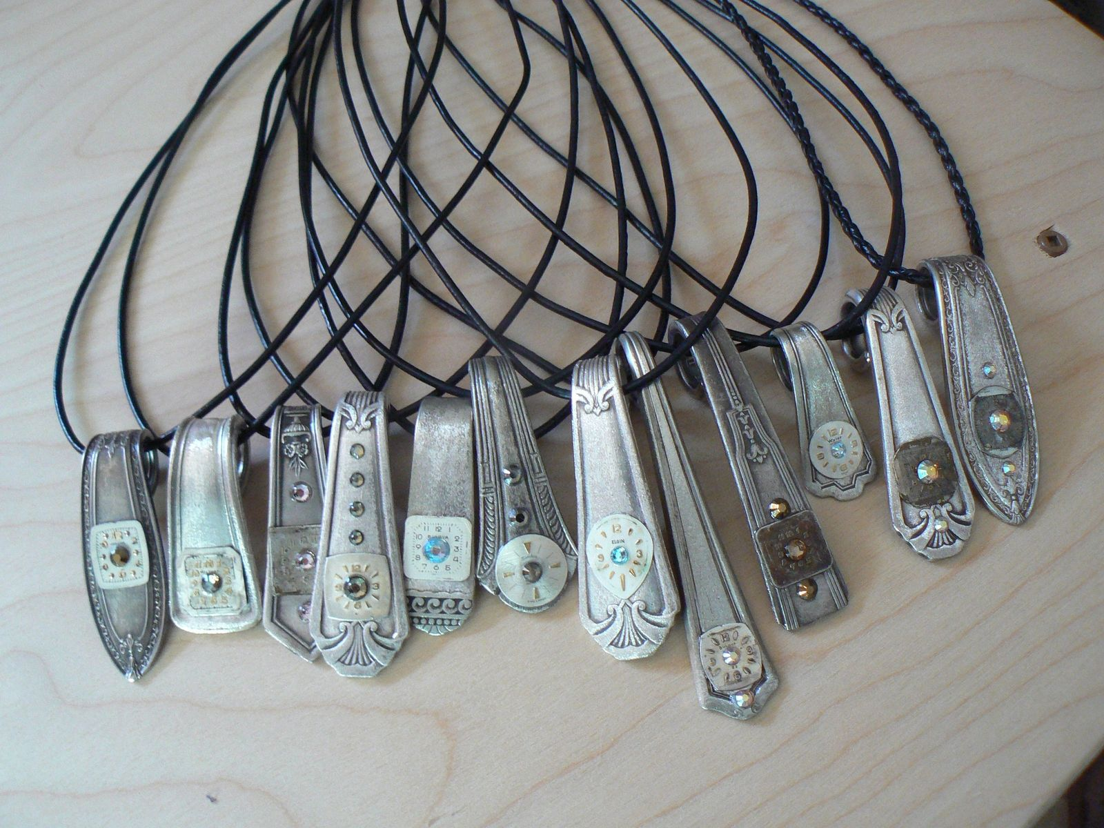 Ring In The Steampunk Decor To Pimp Up Your Home: Hand Made Steampunk Spoon Handle Watch Face Necklaces By
