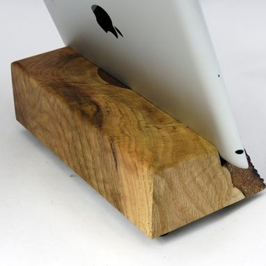 Custom Made Reclaimed Wood Ipad Stand – Canaan