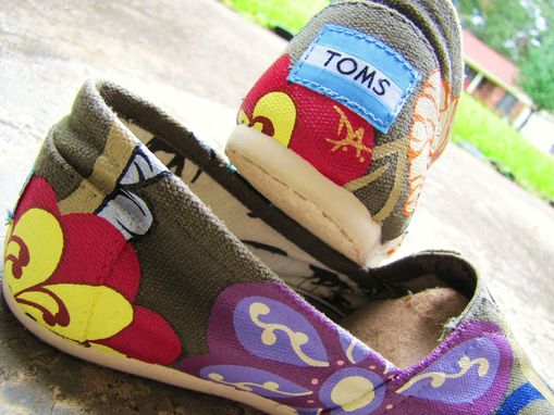 "Custom Made Hand Painted Toms ""Fresh From The Garden: Lucky Number 7"" Classic Canvas Slip-On Customs"