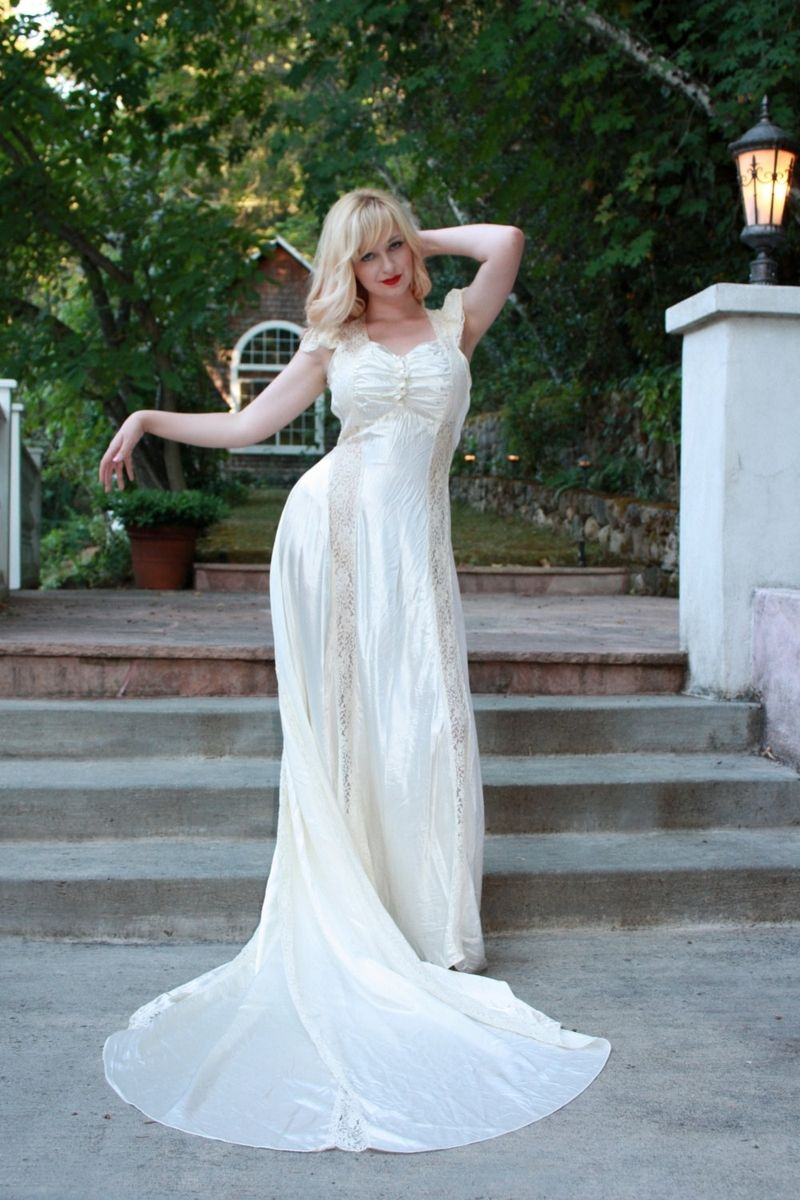 Hand Crafted Vintage 1930s Wedding Dress Goregous Silk Satin And ...