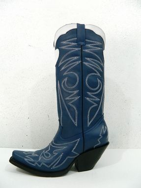 Custom Made Special Design Stitching And Top Inlay Sharp Toe Cowboy Boots