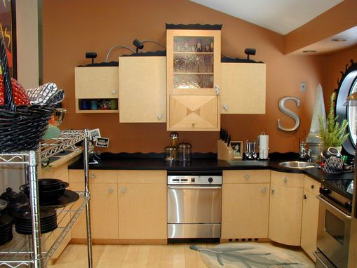 Custom Made Birdseye Kitchen