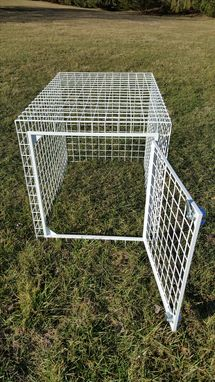 Custom Made Custom Welded Wire Dog Crate With Powder Coat Finish