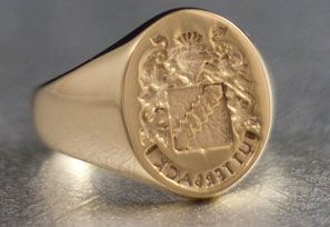 Featuring A Traditional Crest Design Cast In 14K Gold This Is Mirrored So The Ring Can Be Used For Its Intended Purpose Creating Wax Seals