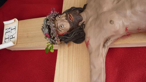 Custom Made Large 3' Life-Like Crucifix Of Jesus On The Cross