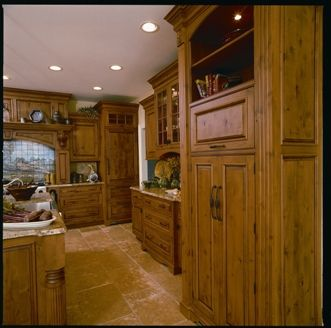 Custom Made Pastoral Kitchen
