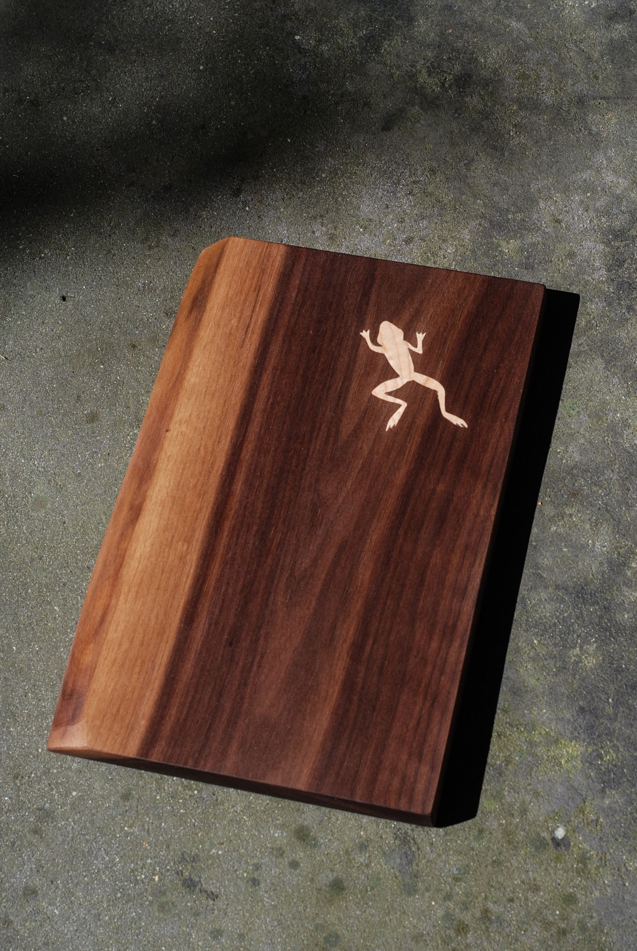 Hand Made Personalized Cutting Boards With Custom Inlay By