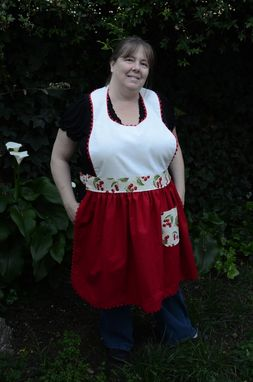 Custom Made Women's Plus Sized Apron