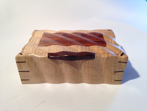 Custom Made Sculpted Curly Maple & Rosewood Jewelry, Watch, Keepsake, Or Wedding Box