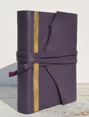 Custom Made Handmade Leather Bound Pressed Flower Journal Purple Travel Diary Art Notebook