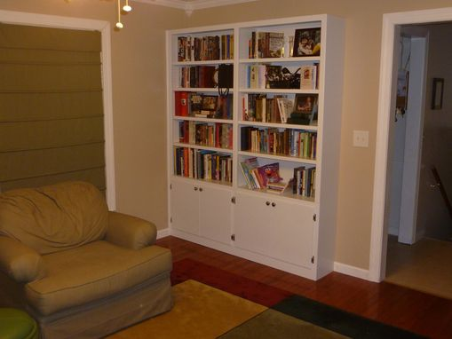 Custom Made Built-In Bookshelves