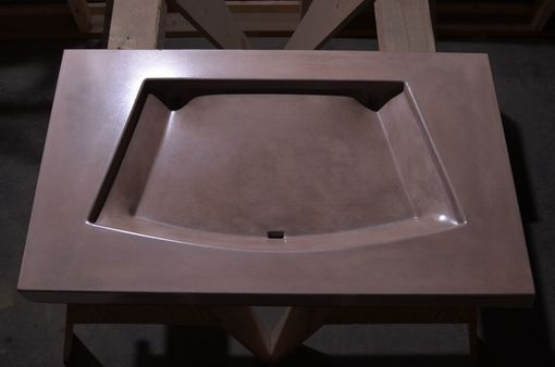 Custom Made Verona Sink (Concrete)