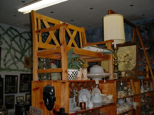 Custom Made Store Displays, Show Cases, Movable Walls, And Shelving
