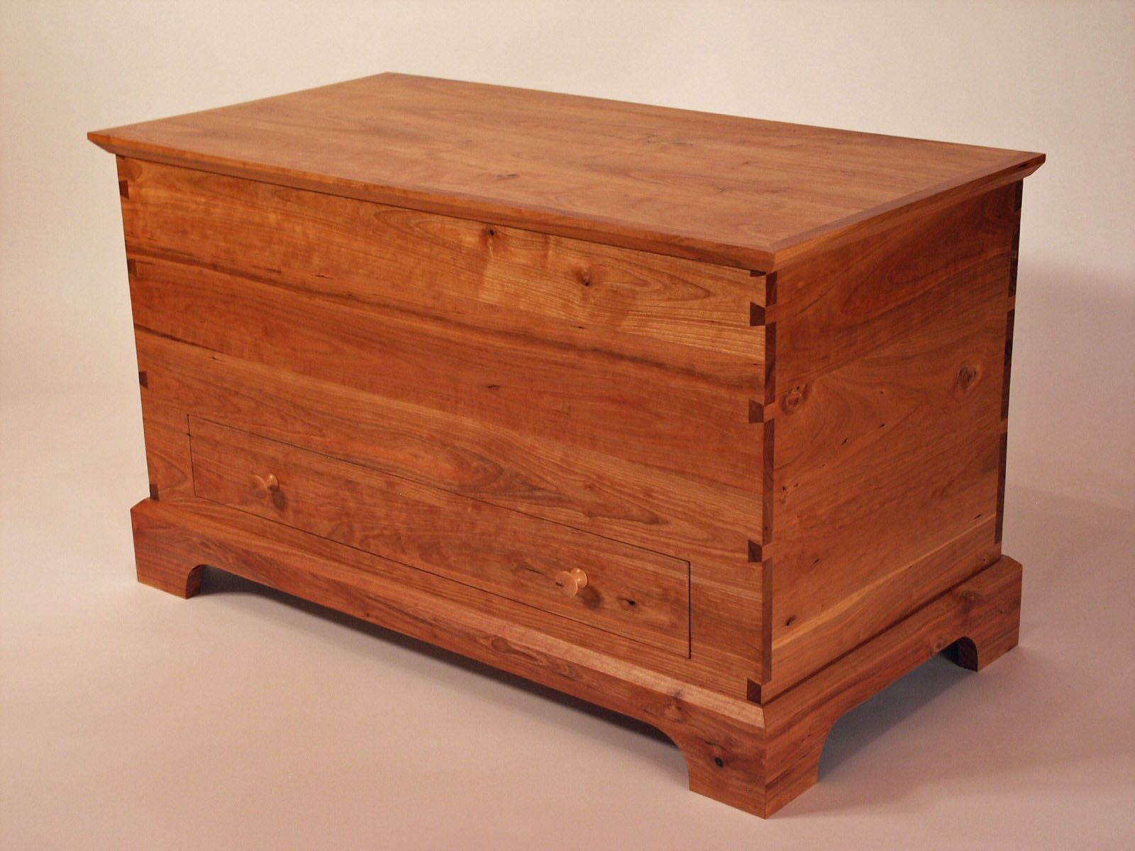 Hand made shaker cherry blanket chest by white sands