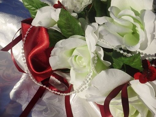 Custom Made Luxury White Roses & Pearls Silk Cascading Bridal Bouquet Wedding Flower Packages