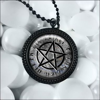 Custom Made Gothic Gray Stone Pentagram Black Pentacle Necklace 161-Jbrn