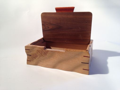 Custom Made Sculpted Oak & Walnut Keepsake, Jewelry, Watch, Or Wedding Box