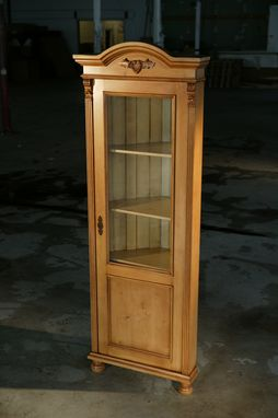 Custom Made European Corner Cabinet With Glass Door. Golden Brown Finish With Snow White Interior