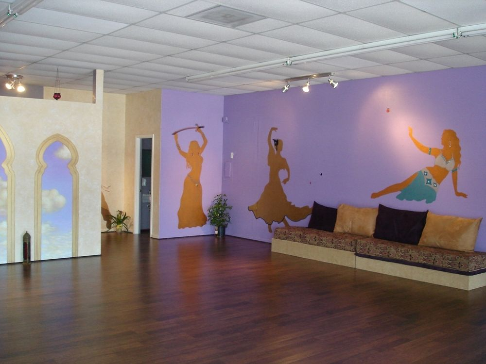 Hand Made Dance Studio Mural With 3d Decorations And