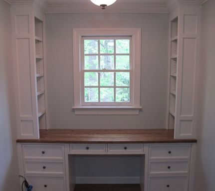Custom Made Built-In Desk With Bookshelves
