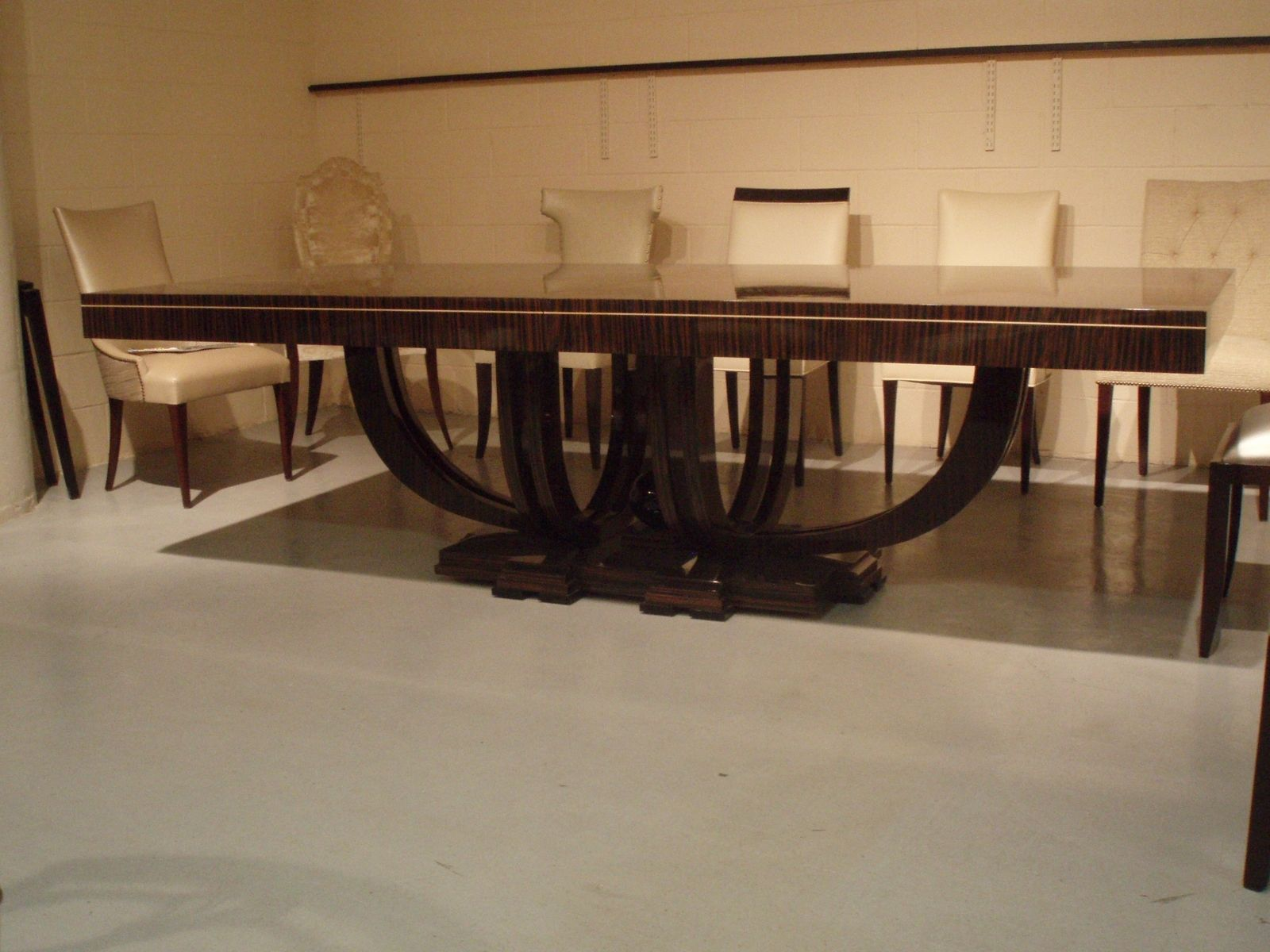 Hand Made Dining Room Table By Ivy Design Custommadecom - Picture-table-by-ivydesign