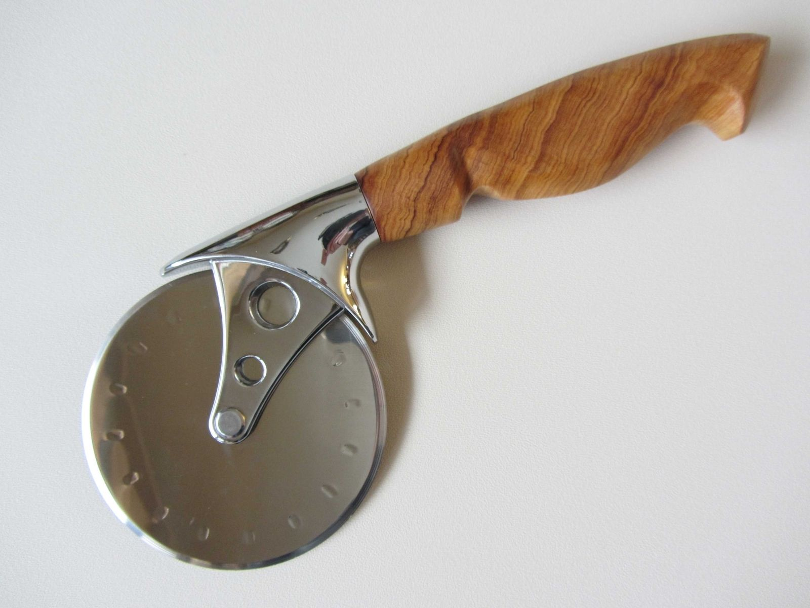 Hand Made Pizza Cutter - Stainless Steel - European Knife