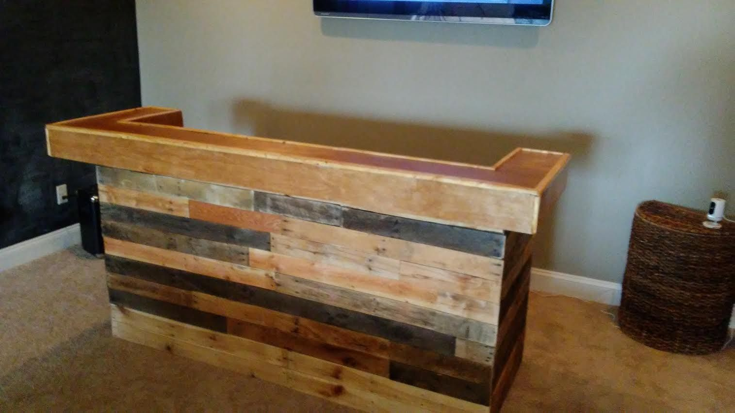 Buy A Custom Pallet Wood And Barn Wood Bars For Entertaining Made