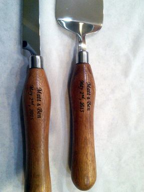 Custom Made Wedding Cake Serving Set - Engraved Wood Handles