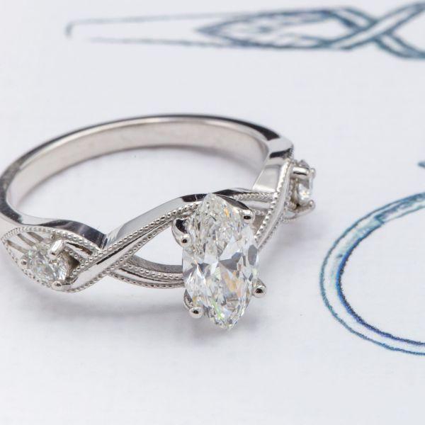 Marquise cut diamond with medium fluorescence.