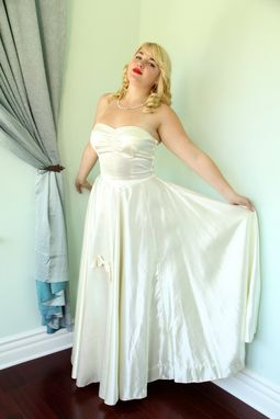 Custom Made Vintage 1950s Strapless Wedding Dress Silk Satin Gown With Swarovski Crystal