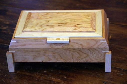 Custom Made Cherry And Maple Mans Box