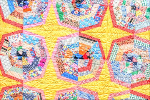 Custom Made Vintage Handmade Cobweb Patchwork Hand Pieced Quilt