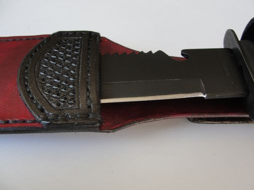 Custom Made 'Leather Sheath And Knife'