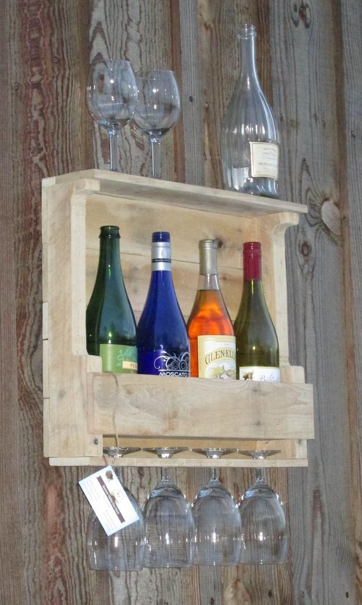 Hand crafted rustic pallet wood wine rack wall mount 4 5 for Pallet wine cabinet