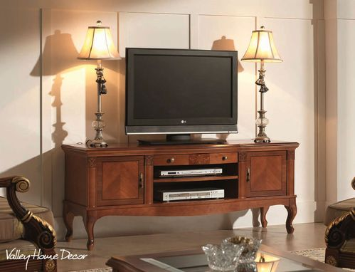 Custom Made Vhd Traditional Media Console