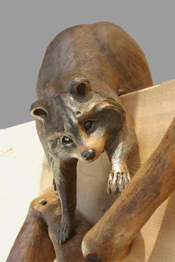 "Custom Made Round Carving ""Raccoons On Branch"""