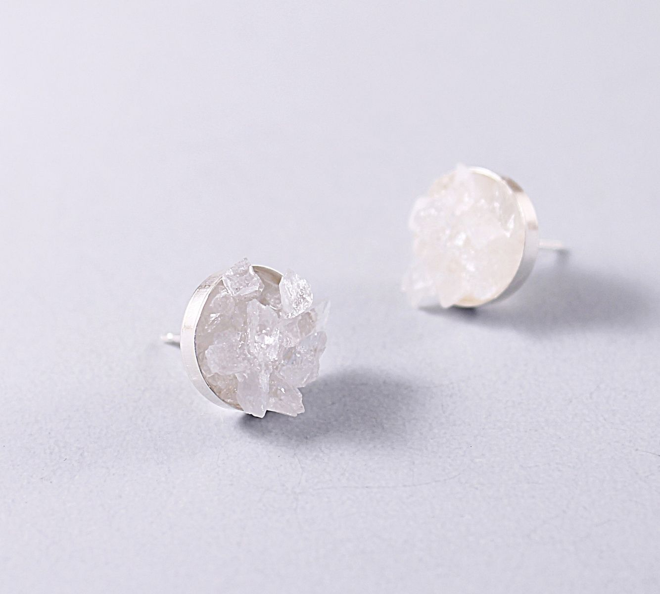 moon pin here details by quartz drop earrings white diamond plukka gold