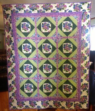 Custom Made Stunning Garden Beauty Lap Quilt