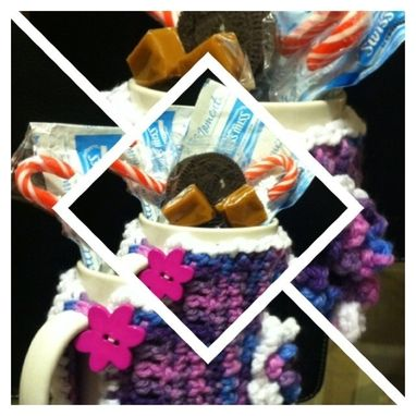 Custom Made Crochet Mug Hug Gift Sets