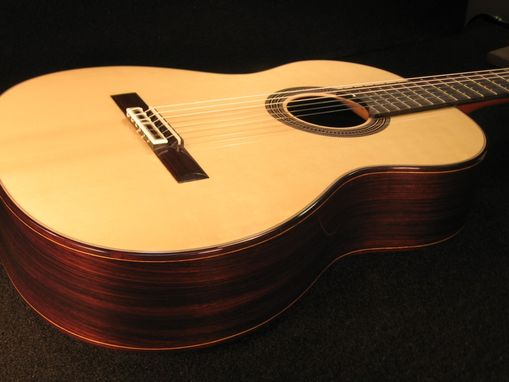 Custom Made Standard Concert Model (Indian Rosewood / Spruce)