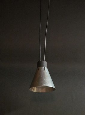 Custom Made Urban Steel Hanging Pendant Lighting Fixture
