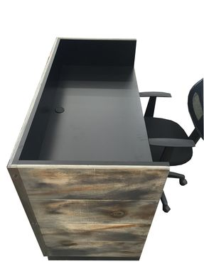 Custom Made #14 Economy Memphis Desk