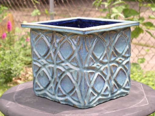 "Custom Made Interlocking Rings 10"" Stoneware Planter"