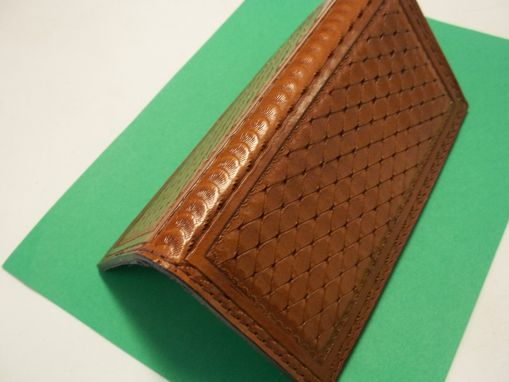 Custom Made Bcl076 Several Color Stains And Tooling In Bi-Fold Wallets