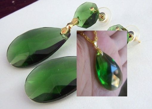 Hand Crafted Emerald Green Earrings And Necklace Set