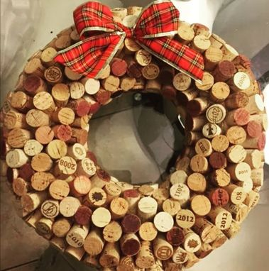 Custom Made Beautiful Handmade Corks Wreath. Special For Wine Lovers.