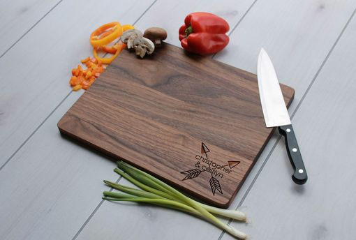 Custom Made Personalized Cutting Board, Engraved Cutting Board, Custom Wedding Gift – Cb-Wal-Christopher Caitlyn